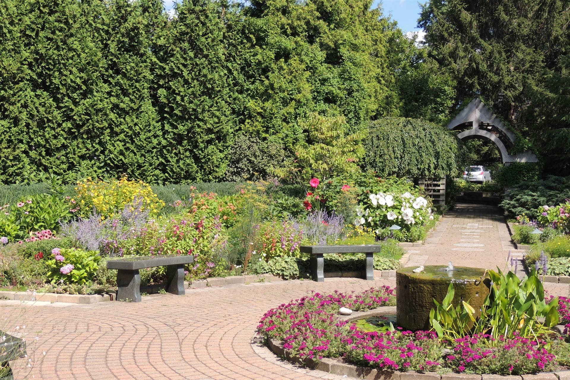 Garden of Life Walkway