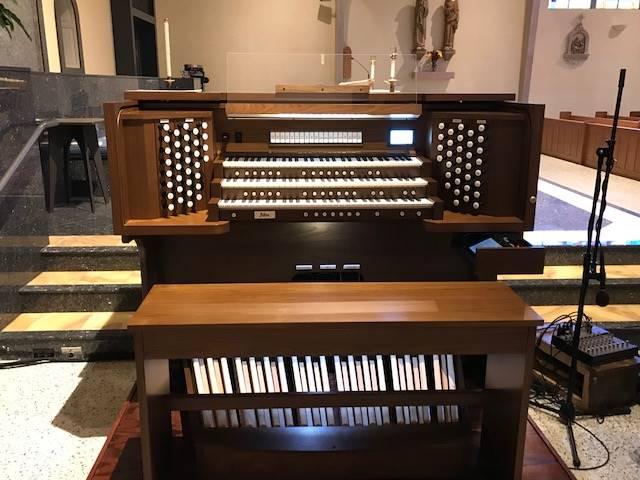 organ console 2